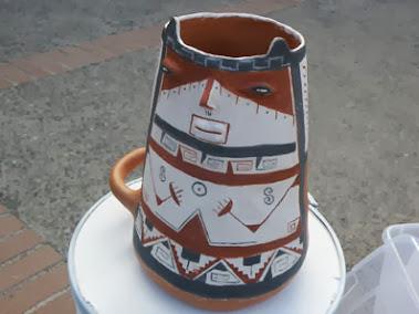 Magnifica replica de una urna Diaguita