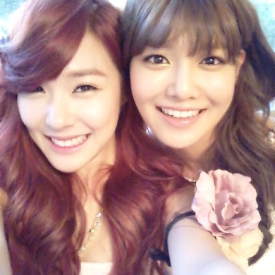 [PICTURE] Sooyoung and Tiffany Selca Photo