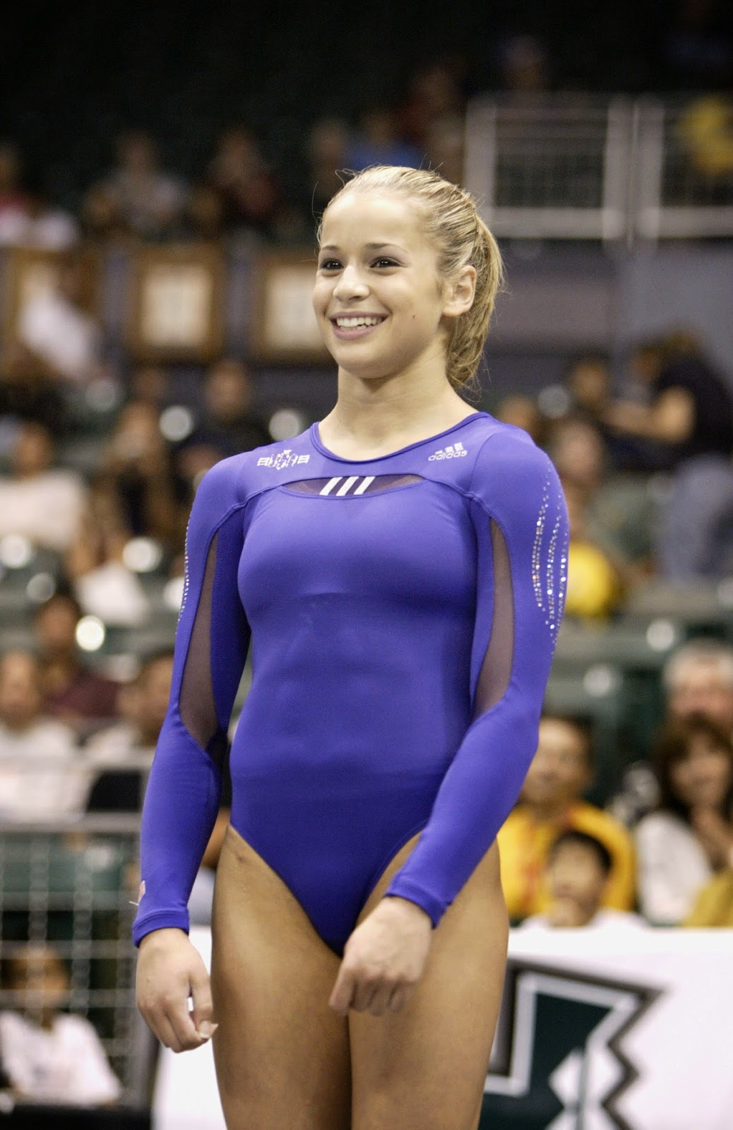 Most Viewed Cameltoe Forum Photo Gallery