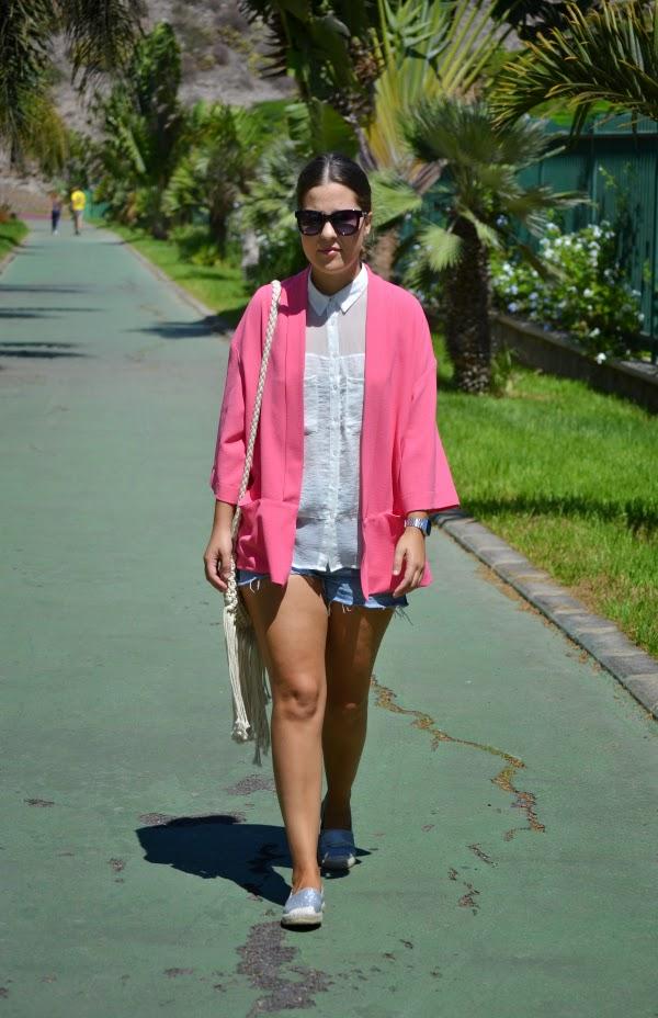 look_outfit_kimono_short_diy_alpargatas_purpurina_lolalolailo_01