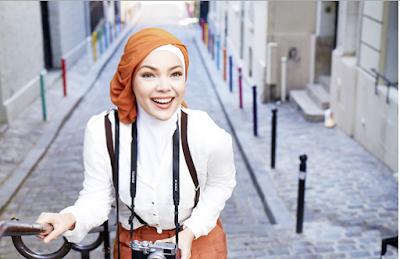 Tutorial Hijab Dewi Sandra