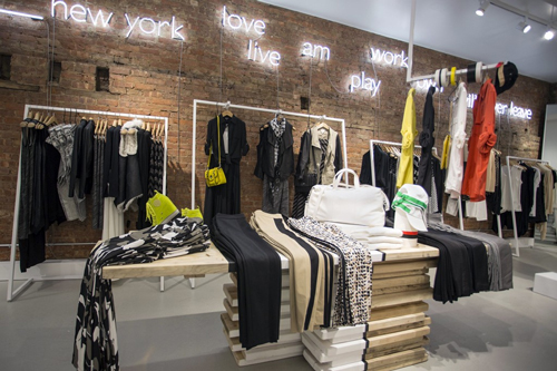 Phrasal template word games at DKNY\'s new flatiron pop up store ...