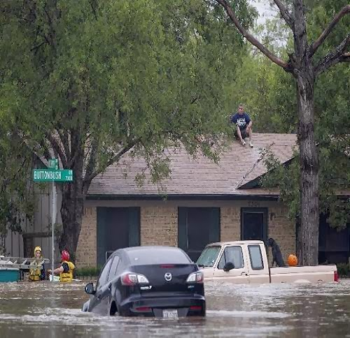 Texas_flooding_2013_photo