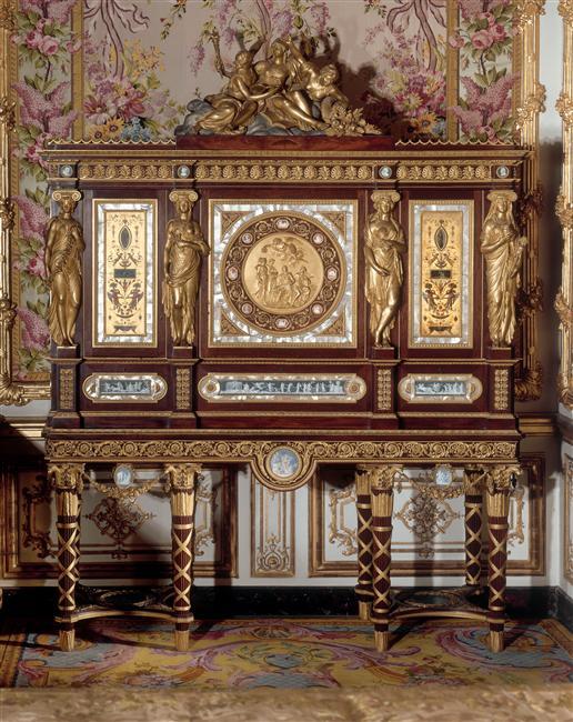 Historia del Mueble y de la Decoración Interiorista 18