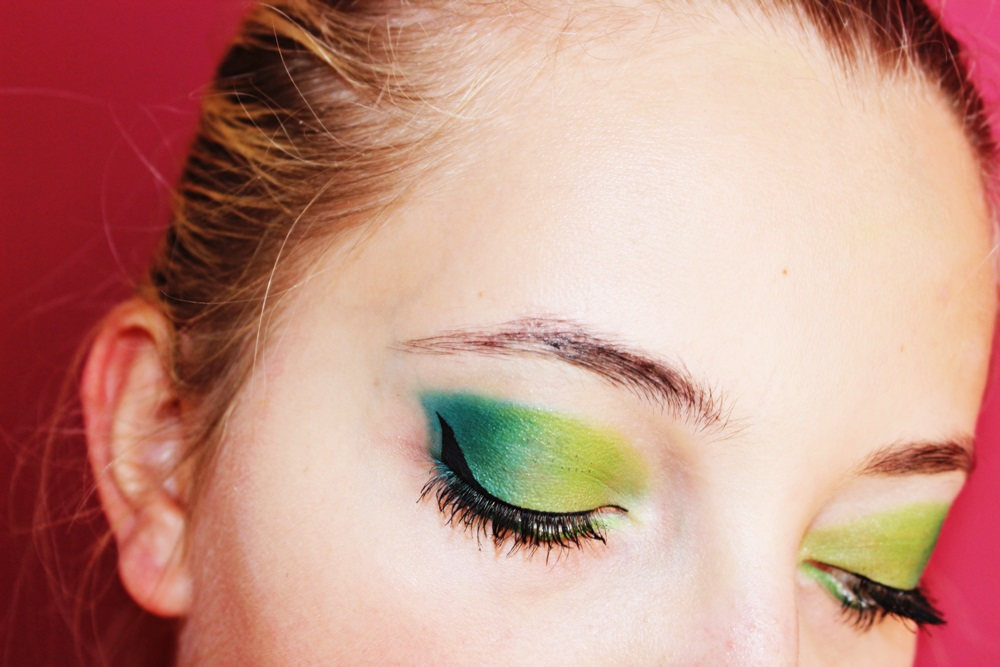 Czy zielony makijaż pasuje do zielonych oczu?:) Ostatni tydzień u Picoli:)