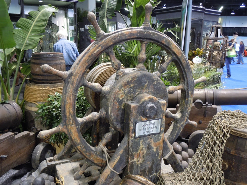 Pirates of the Caribbean ship's wheel prop