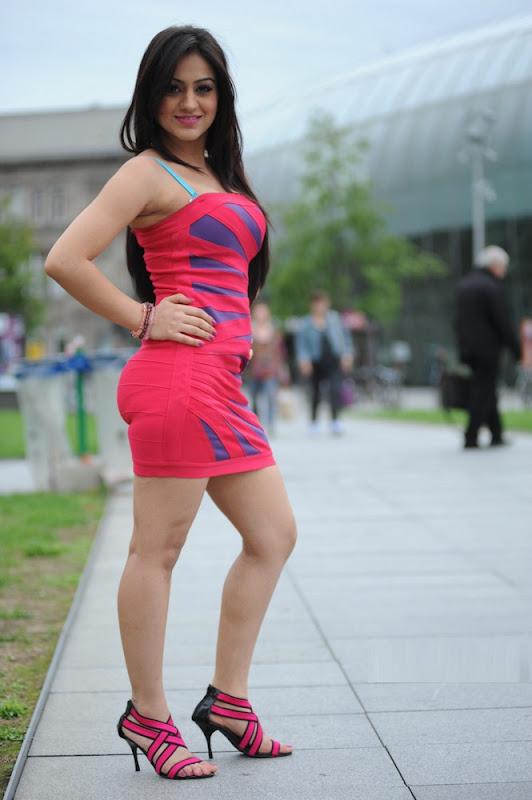 Meet_beautiful_indian_girl