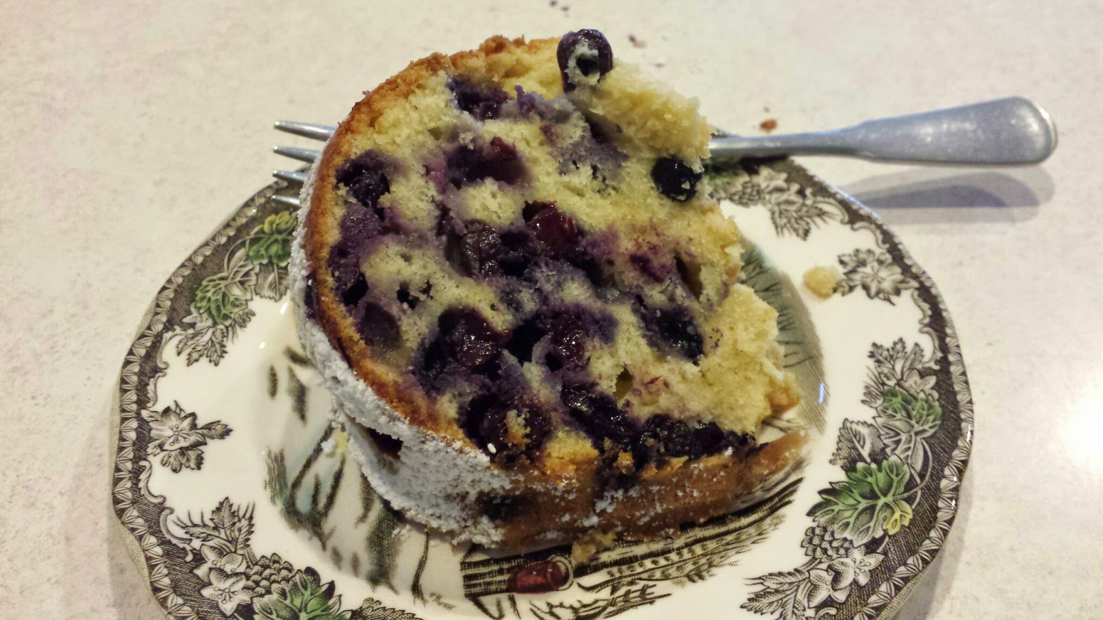 My Patchwork Quilt: BLUEBERRY-LEMON BUNDT CAKE