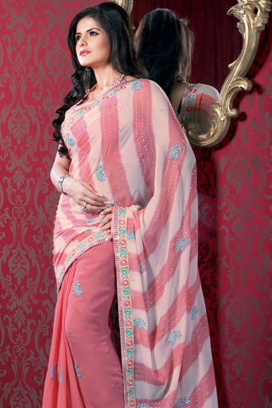 http://2.bp.blogspot.com/-YrCu7UIFzs4/Tt5KfAsqo4I/AAAAAAAABn4/Eu9NHnbSHGI/s1600/Indian-Bollywood-Saree-Fashion.jpg