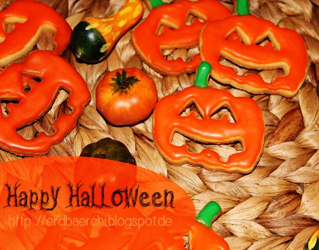 köstliche Halloweenkekse in Kürbisform