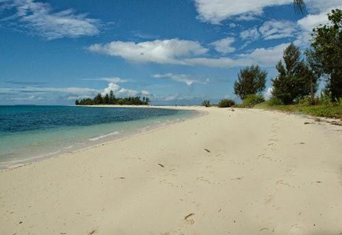 Pantai Natsepa Ambon, Maluku