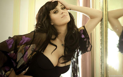 Katy Perry Latest-2011 Wallpaper