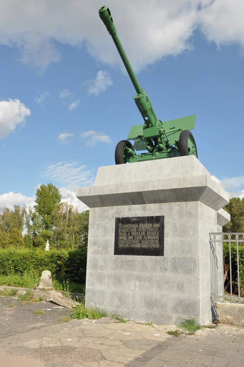 Halbica radziecka, cmentarz zolnierzy radzieckich, Wroclaw