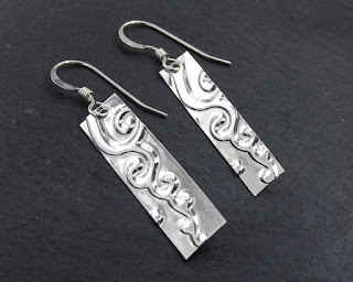 https://www.etsy.com/listing/254297659/spiral-cloud-silver-bar-earrings?ref=shop_home_active_23