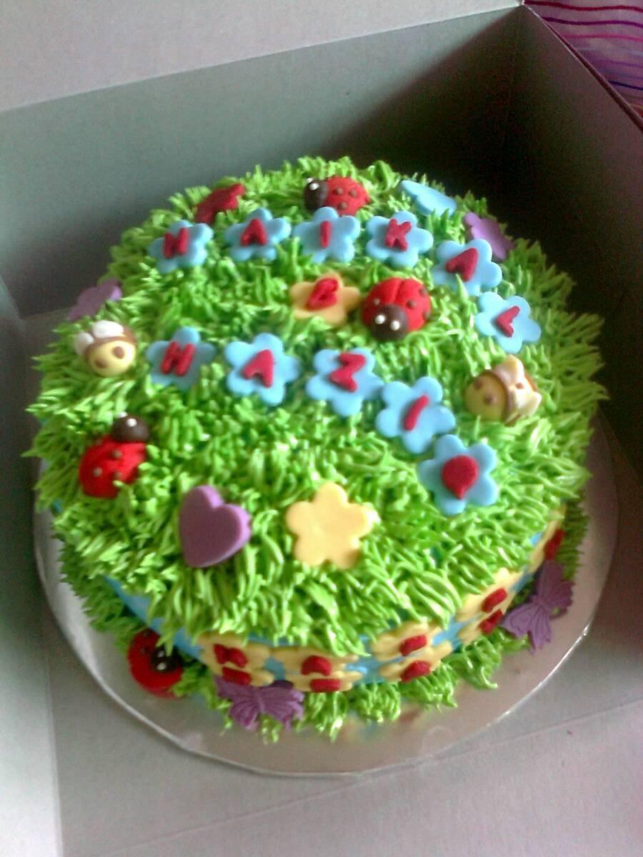 Garden theme birthday cake ideas and designs for Garden theme cake designs