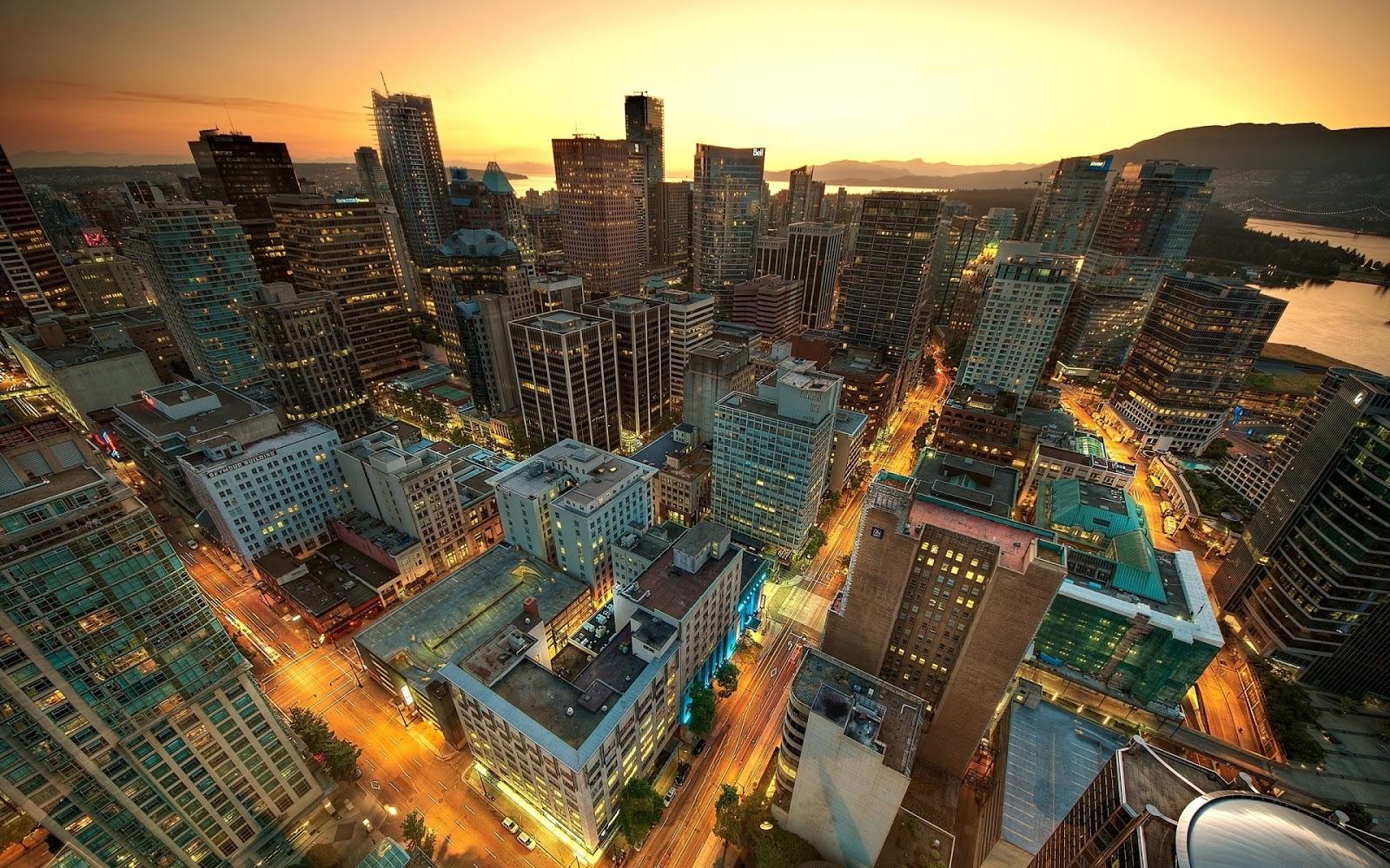 Gün batımı şehir manzarası resmi gün batımı şehir manzarası