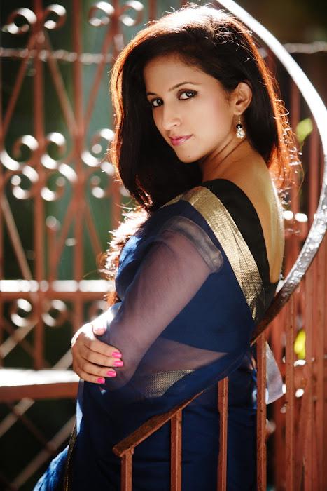 aasheeka , aasheka actress pics