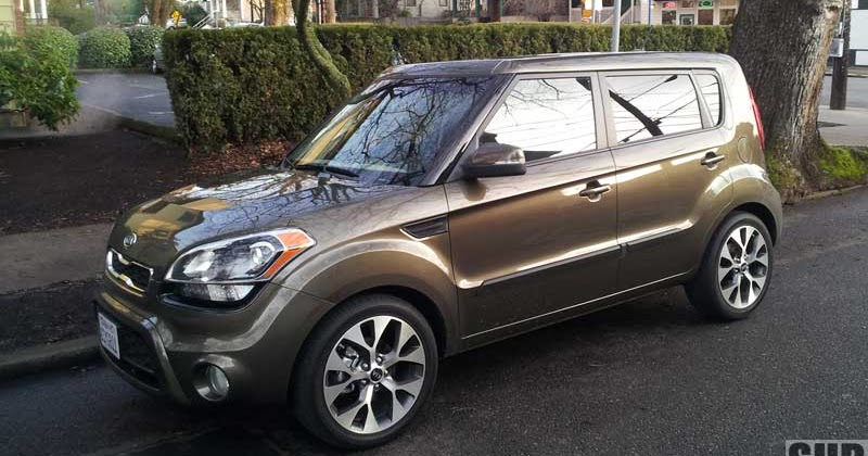 review 2012 kia soul exclaim more power economy. Black Bedroom Furniture Sets. Home Design Ideas