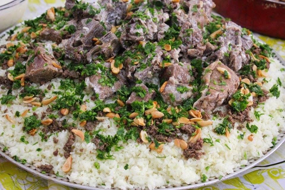 Palestinian Eating Food