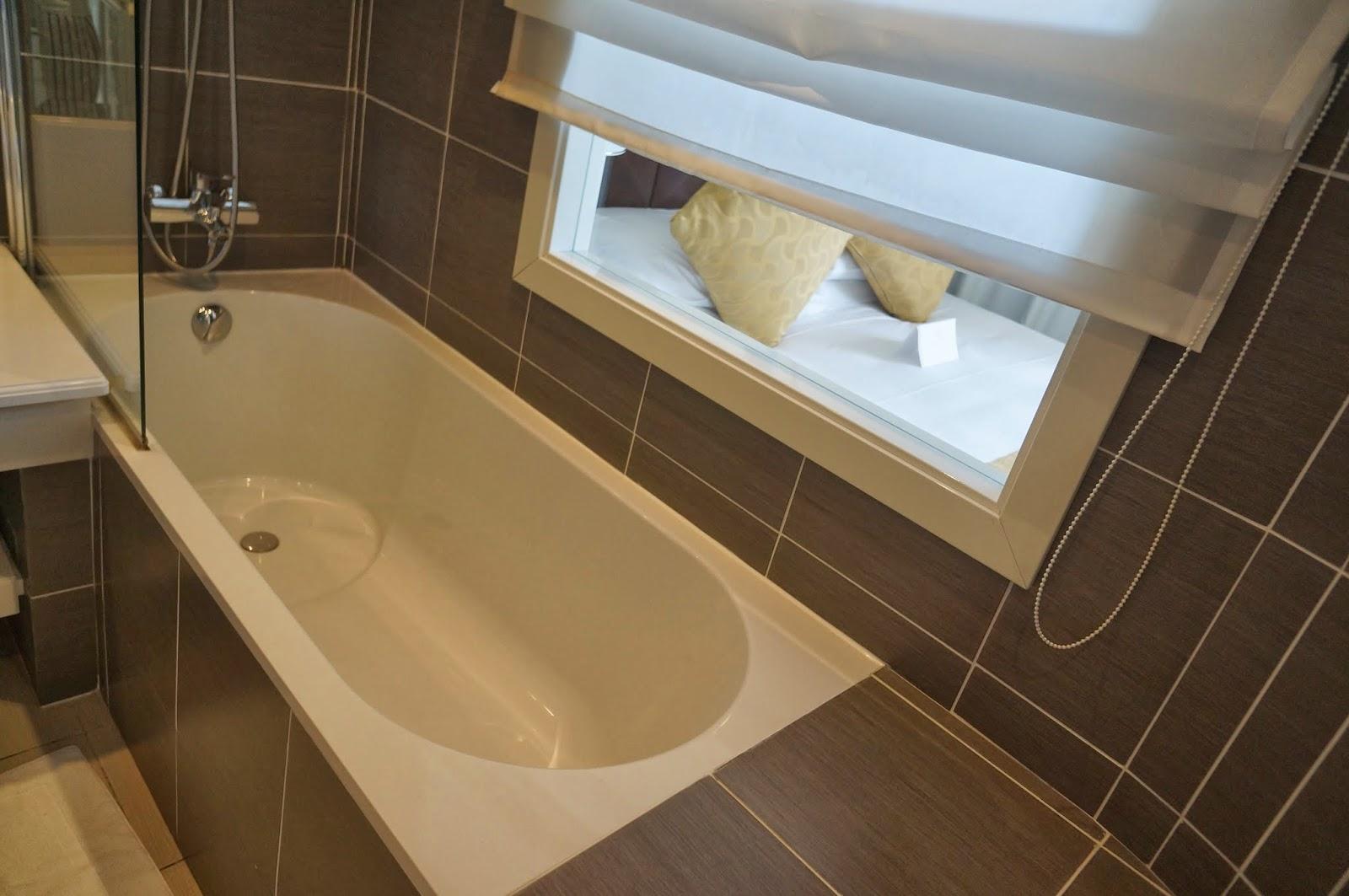Ванная в West End Ницца