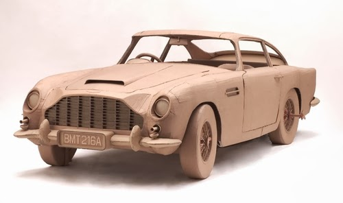03-Car-2-Life-Size-Chris-Gilmour-Cardboard-Sculptures-www-designstack-co