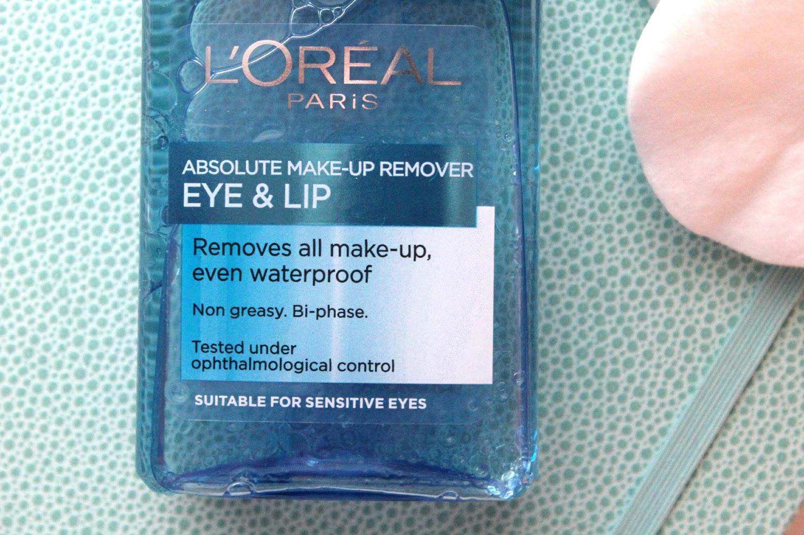 You may well have seen on my blog a little while back a review on a similar looking product. I reviewed the L'oreal Gentle Eye Make-up Remover and didn't ...