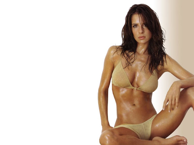 Kelly Monaco sexy in Swimsuit