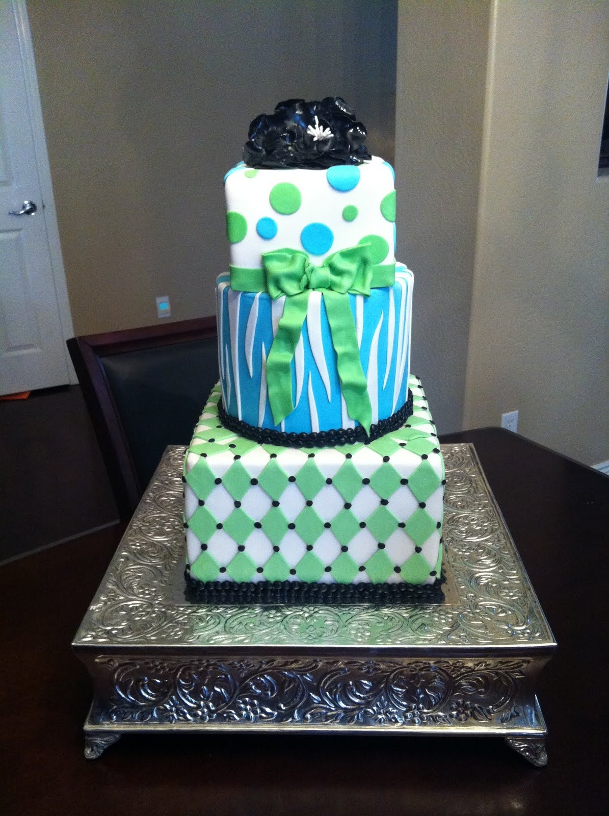 SASSY CAKES - Your Fondant Cake Design Destination: Blue & Green ...