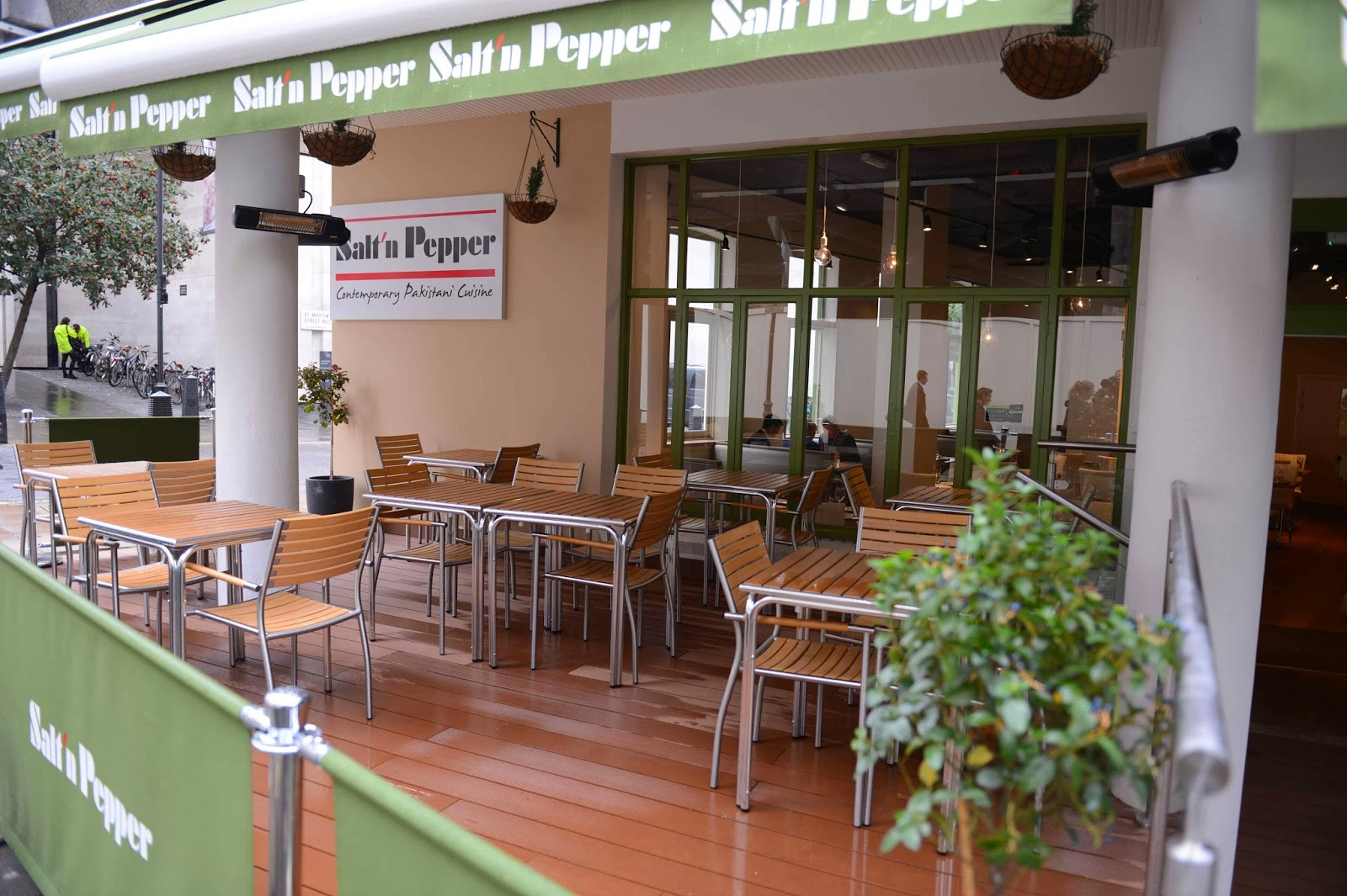 Salt'n Pepper Restaurant in London serving contemporary Pakistani cuisine