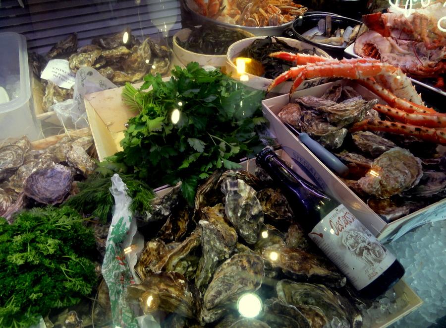 Fruits de mer at the seafood bar in amsterdam travel and for Seafood bar van baerlestraat