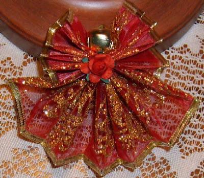 Fan folded wire ribbon angels 1