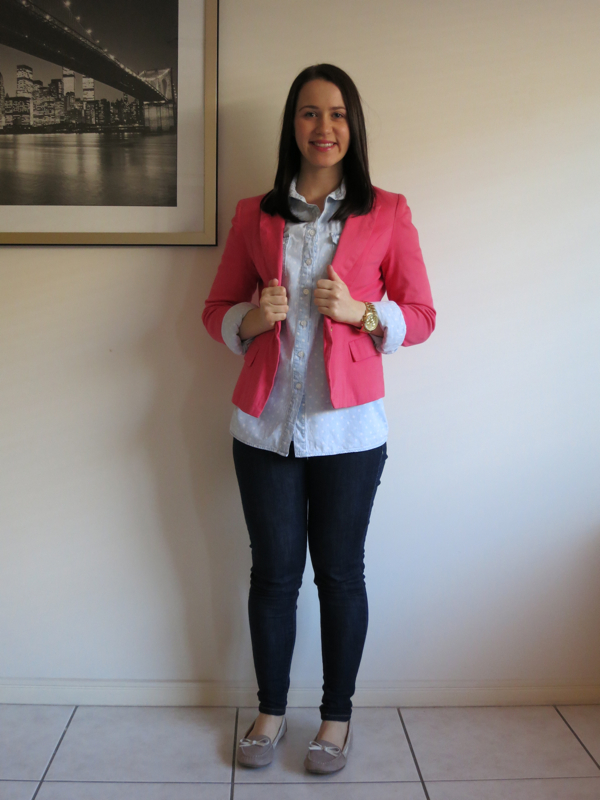 petite outfit, university outfit, college outfit, polka dot chambray shirt, coral blazer, gold watch