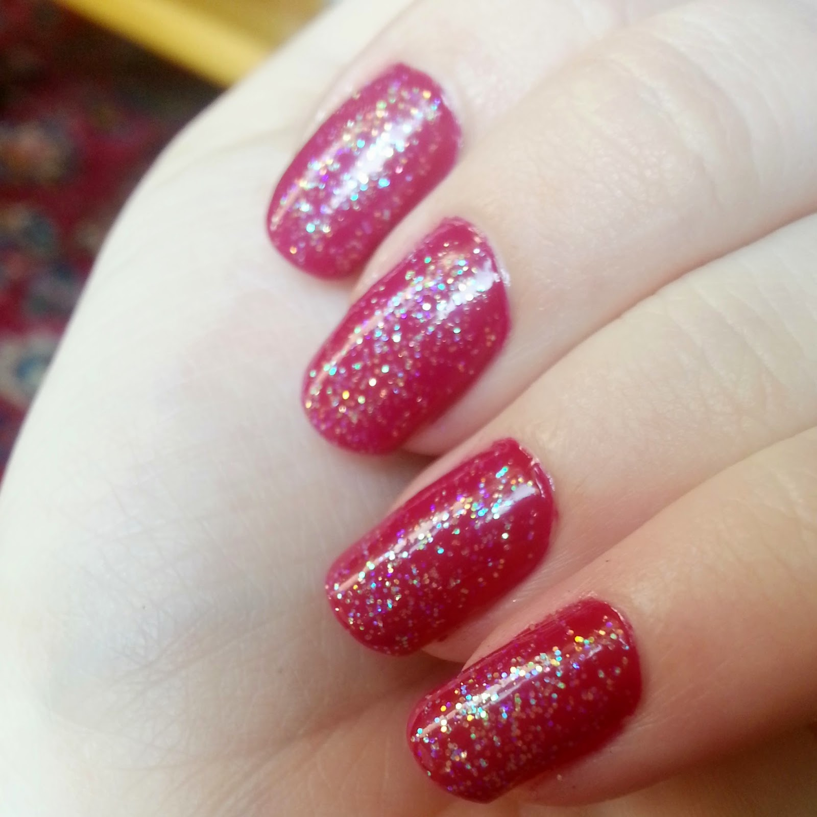 Essence Gel Nail Polish Space Queen: Whimsy Is Forever: Monday Manicure: Berry Sparkles