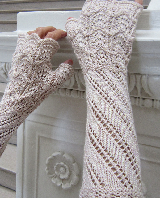 Knitting Pattern Gauntlet Gloves : The Knitting Needle and the Damage Done: Knitting down the ...