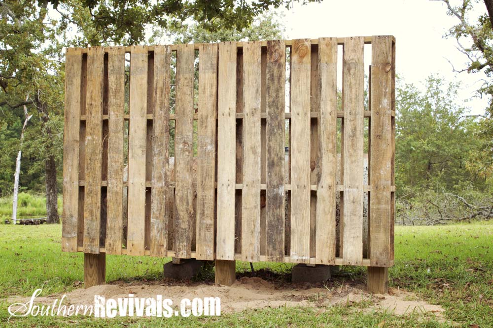 Weekend Project A Pallet Garden Wall Phase I