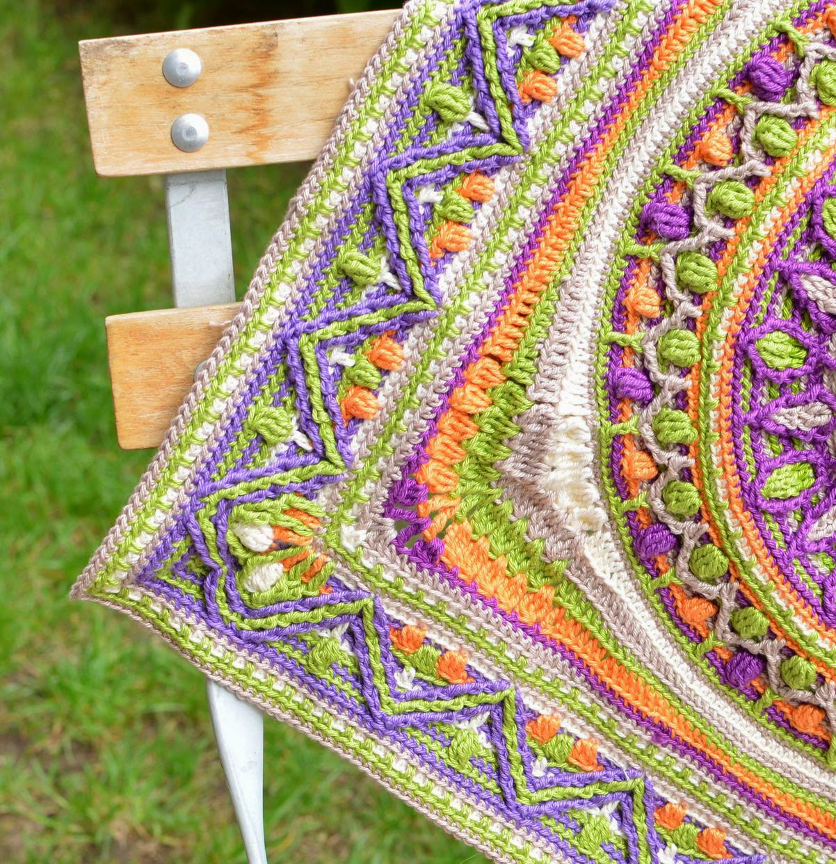 Large square with mandala can serve as a pillow cover or a rug