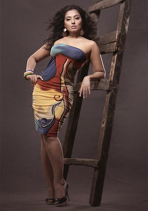 mumtaz spicy actress pics