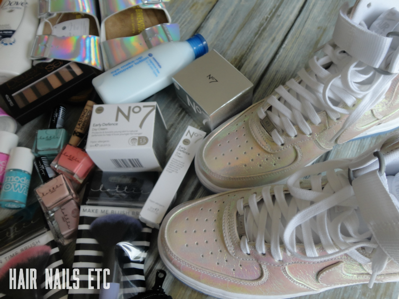 Payday Haul: Nike Air Force Iridescent White Trainers and Birkenstock Arizona Sandals in Holographic  - hairnailsetc.com