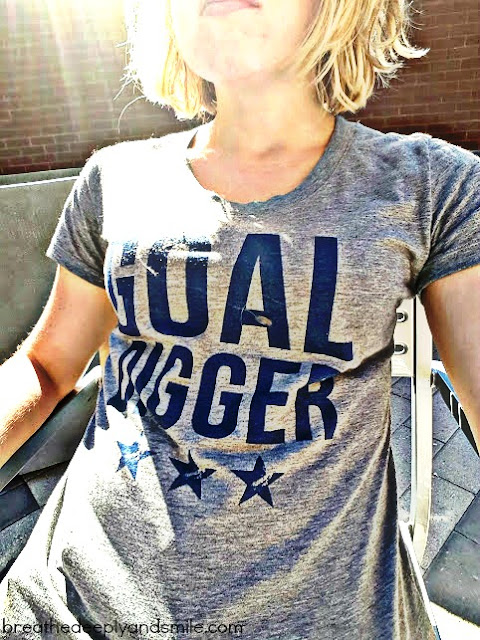 herstory-apparel-goal-digger-shirt1