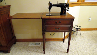 Free-Westinghouse vintage sewing machine and cabinet