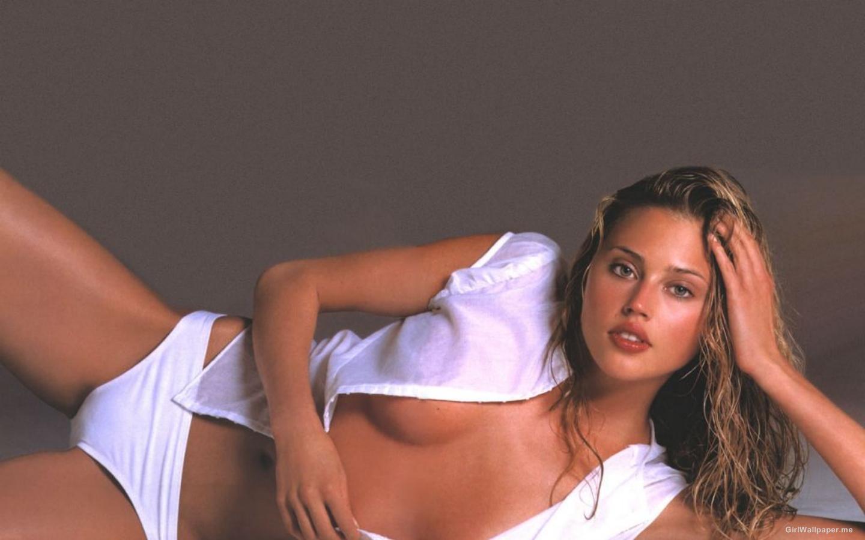 http://2.bp.blogspot.com/-YuRT9Erc0jc/UQ1D38NHTYI/AAAAAAAAYFo/uE3TyX4LaUg/s1600/Estella+Warren1.jpg
