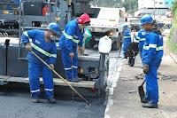 O asfaltamento da Av. Delfim Moreira segue a todo vapor