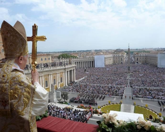 Benedicto Bendicion urbit et orbit