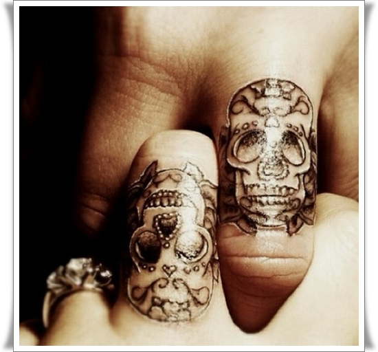 Finger Tattoos Designs