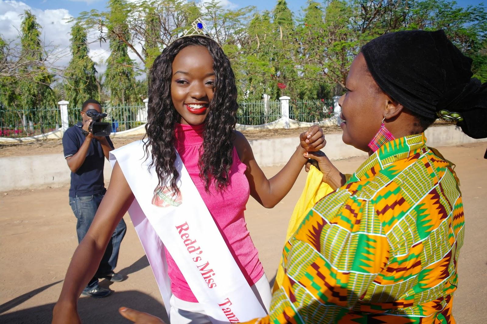 katika mapokezi ya miss tanzania katika mkoa wa dodoma miss tanzania