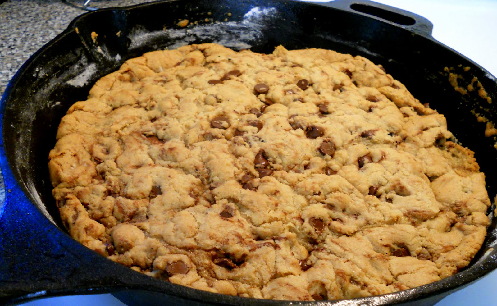 Silver Pencils: One Pan Chocolate Chunk Skillet Cookie