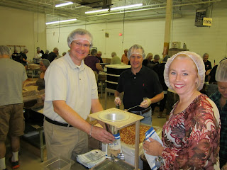 GAM volunteers for Feed My Starving Children