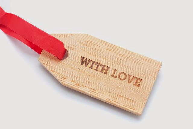 Tag  em madeira