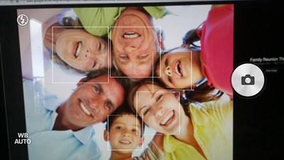 Aplikasi kamera terbaik dengan fitur tebak usia