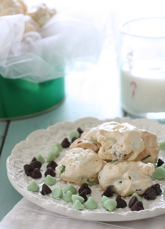 Dark Chocolate and Mint Chip Clouds | Skinnytaste